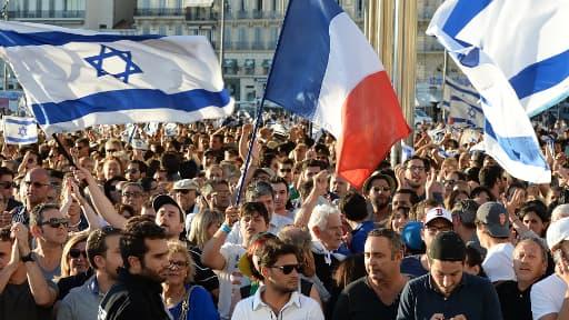 Une manifestation pro-Israël se déroule jeudi soir à Paris. Ici, un rassemblement précédent à Marseille.