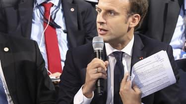 """""""On ne peut pas laisser se développer un business model de dumping fiscal et social financé par les fonds européens"""", a déclaré Emmanuel Macron au sommet social européen de Göteborg."""
