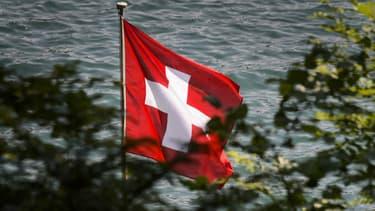 Le Crédit agricole suisse a accepté de payer 99 millions de dollars aux États-Unis pour régler un litige fiscal.