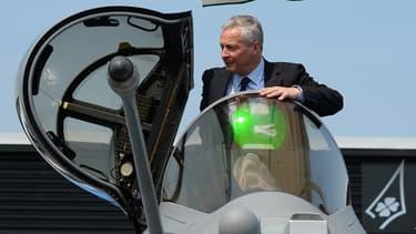 """""""Pour que cette industrie de défense européenne soit viable, il faut que les Européens soient clients de cette industrie européenne"""", estime Bruno Le Maire, ministre de l'Economie"""