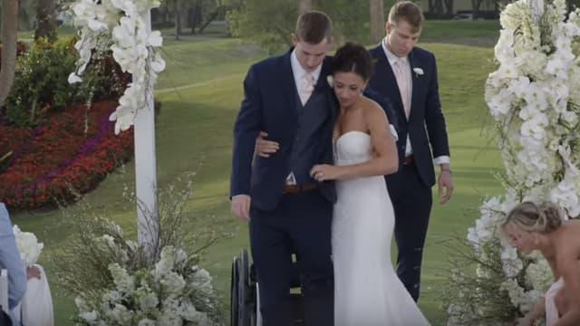 Emily Summers et Chris Norton le jour de leur mariage, le 21 avril 2018.