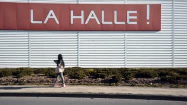 Le groupe Vivarte possède encore La Halle, Caroll, Minelli, Cosmoparis et San Marina.