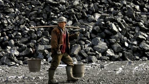 La Chine va utiliser une technologie mise au point par Total pour produire du plastique à partir de charbon.