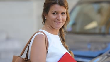 Marlène Schiappa, secrétaire d'État chargée de l'Égalité entre les femmes et les hommes, dans la cour de l'Elysée (Paris), le 11 septembre 2019.