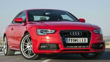 Le propriétaire de l'Audi A5 Quattro voulait vérifier si sa voiture pouvait rouler dans le sable.