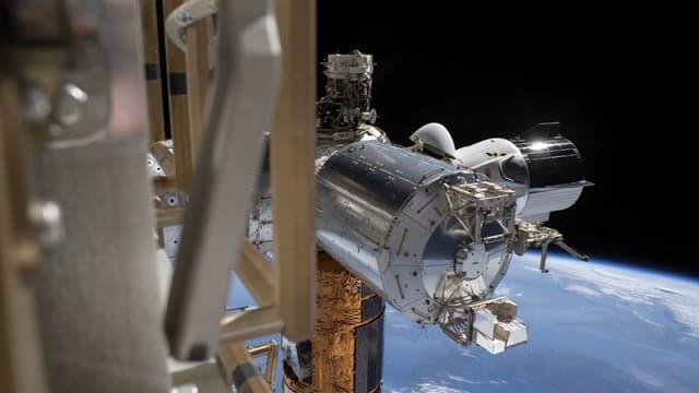 La capsule SpaceX et ses deux astronautes sont attendus sur Terre ce dimanche.