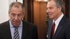 """Le ministre russe des Affaires étrangères, Sergueï Lavrov (à gauche) et Tony Blair, représentant du """"quartet"""" des médiateurs internationaux pour le Proche-Orient. Le """"quartet"""" s'est réuni vendredi à Moscou avec l'objectif de relancer le dialogue au Proche"""