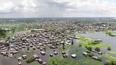 Les images des rues inondées de Manaus à cause d'une forte crue du Rio Negro