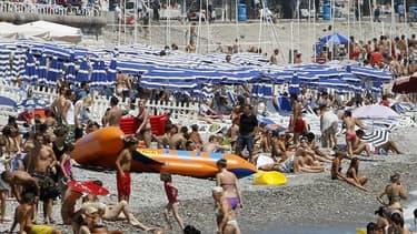 La plage de Nice, dans les Alpes-Maritimes, en juillet 2011 (photo d'illustration).