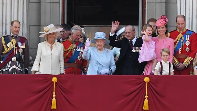 Les membres de la famille royale britannique, réunis pour la parade à Londres, le 17 juin 2017.