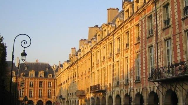 La Place des Vosges, à Paris