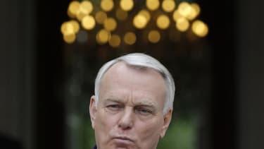 """La France n'a pas vocation à accepter servilement ou systématiquement les orientations politiques de la Commission européenne, a déclaré mardi Jean-Marc Ayrault, qui a souligné vouloir défendre """"fermement"""" ses convictions face à Bruxelles. Le premier mini"""