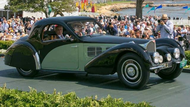 Cette Bugatti Type 57 S Gangloff Coupé de 1937, propriété de Michael Kadoorie, lors du concours d'élégance de Pebble Beach, en Californie, le week-end dernier.