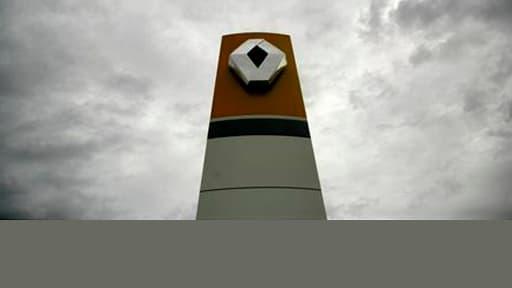 Renault ne dispose pas de conclusion écrite de l'enquête interne réalisée par un détective sur l'affaire d'espionnage présumé dont le constructeur automobile se dit victime, selon Le Canard enchaîné. La marque au losange s'est refusé à commenter l'informa
