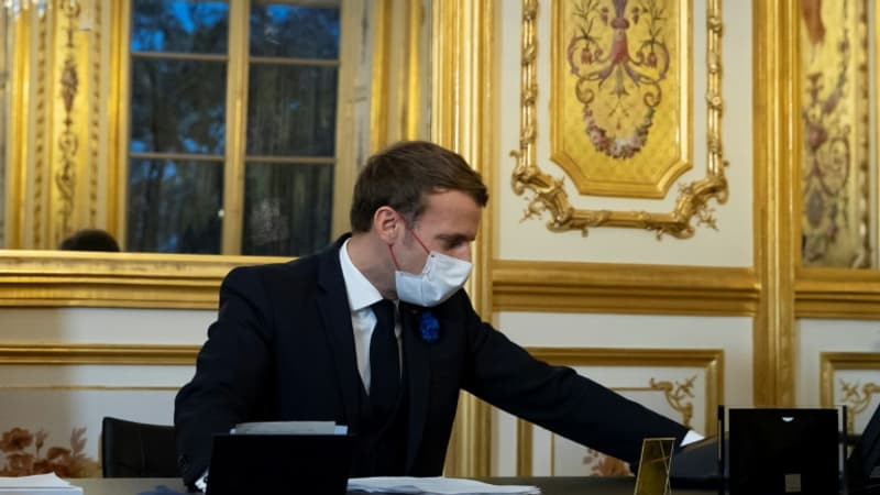 Emmanuel Macron et Joe Biden s'entretiendront dimanche soir au téléphone