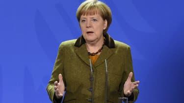 """""""il y a plus d'avantages (...) à avancer ensemble que lorsque chacun règle ses problèmes pour soi"""", a déclaré la chancelière allemande."""