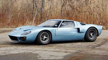 Une GT40 de première génération, si peu utilisée se vend forcément chère. Même si elle a eu beaucoup de propriétaires.