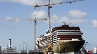 Vue des chantiers navals STX de Saint-Nazaire (Loire-Atlantique). Deux nouveaux paquebots ont été commandés par l'armateur Viking Ocean Cruises à l'entreprise de construction navale. Ces deux bateaux, qui représentent un total de 4 millions d'heures de tr