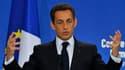 Selon le quotidien espagnol El Pais, le président français Nicolas Sarkozy a menacé vendredi dernier de sortir la France de la zone euro lors d'une réunion des dirigeants européens qui discutaient de la mise en place d'un mécanisme d'aide à la Grèce. /Pho