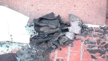Débris d'un engin explosif. Un suspect en lien avec le double attentat du marathon de Boston, qui a fait 3 morts et 176 blessés lundi, est en prison, selon la chaîne de télévision américaine CNN, qui cite des sources judiciaires américaines restées anonym