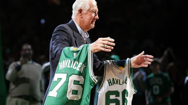 John Havlicek, est décédé ce jeudi à l'âge de 79 ans. Il est une légende des Celtics, avec huit titres NBA.