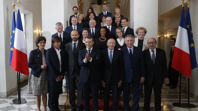 La photographie officielle du gouvernement dirigé par Édouard Philippe, le 18 mai 2017 à l'Élysée à Paris
