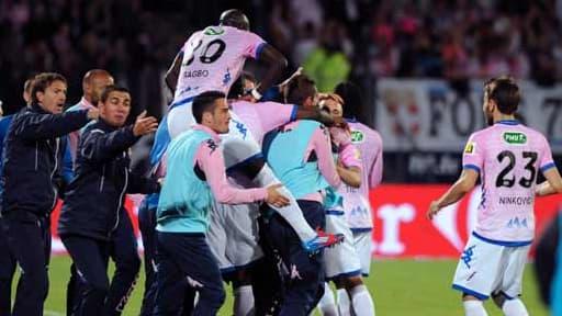 Evian-Thonon-Gaillard s'est qualifié pour la finale de la Coupe de France en battant le FC Lorient 4 à 0 le 8 mai 2013.