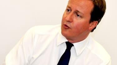 Le Premier ministre David Cameron n'a pas nié que son parti avait reçu des dons de sept personnes dont les noms apparaissent sur des fichiers HSBC dévoilés par la presse.