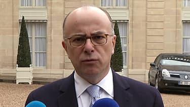 Bernard Cazeneuve dévoile les pistes du gouvernement pour améliorer le dialogue avec l'islam de France.