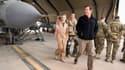 David Cameron devant un avion Tornado en 2011, modèle qui sera utilisé en Irak.