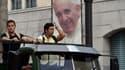 Les portraits du pape François ont été installés dans les rues de La Havane