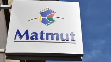Matmut compte 6200 employés.
