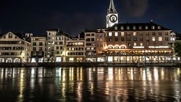 C'est à la suite d'une enquête sur des vols que la police de Zurich a découvert ces agressions sexuelles.