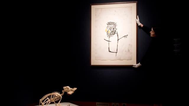 Jean-Michel Basquiat a fait son entrée dans le club très fermé des artistes contemporains dont les oeuvres dépassent les 100 millions aux enchères.
