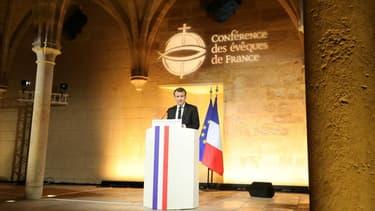 Emmanuel Macron le 9 avril 2018 devant la Conférence des évêques de France.