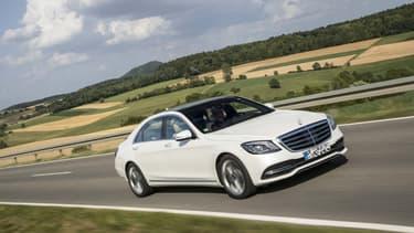 Une Mercedes Classe S pour le budget annuel d'une Dacia Sandero? C'est possible en louant.