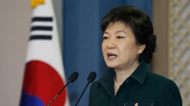 La présidente coréenne vise un revenu par habitant de 40.000 dollars dans trois ans.
