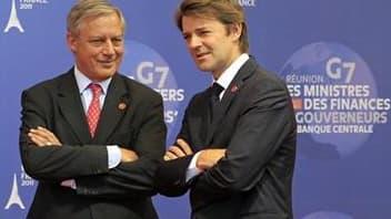 Le ministre français des Finances François Baroin (à droite) et le gouverneur de la Banque de France, Christian Noyer, lors du G7 de Marseille. Selon ces deux responsables, les banques françaises n'ont pas de problème et les banques centrales assureront l
