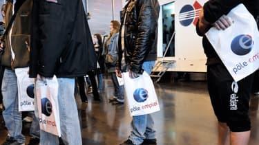 Il y a 45 400 chômeurs en plus en France au mois d'octobre.