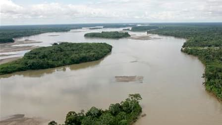 L'Equateur a créé mardi un fonds destiné à accueillir les donations de l'Allemagne et d'autres pays riches pour que Quito s'abstienne de forages pétroliers dans le parc national Yasuni, une réserve naturelle d'Amazonie qui abrite l'une des biodiversités l
