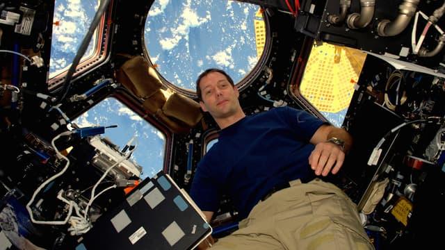 Des canettes végétales comestibles ont été testées en apesanteur lors d'un vol parabolique avec l'astronaute Thomas Pesquet.