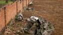 Débris du Falcon 50 du président rwandais Juvénal Habyarimana, près de son ancienne résidence à Kigali. Deux juges d'instruction français se rendent ce samedi au Rwanda pour reprendre l'enquête sur l'attentat qui a coûté la vie au chef d'Etat, événement d