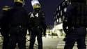 Environ 150 policiers et CRS sont déployés dans un quartier de la banlieue parisienne, où se cristallise l'opposition entre bandes rivales.