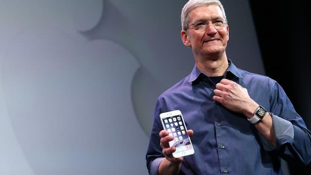 Symbolique, le cap des 1000 milliards de capitalisation boursière franchi par Apple marque une victoire pour Tim Cook.