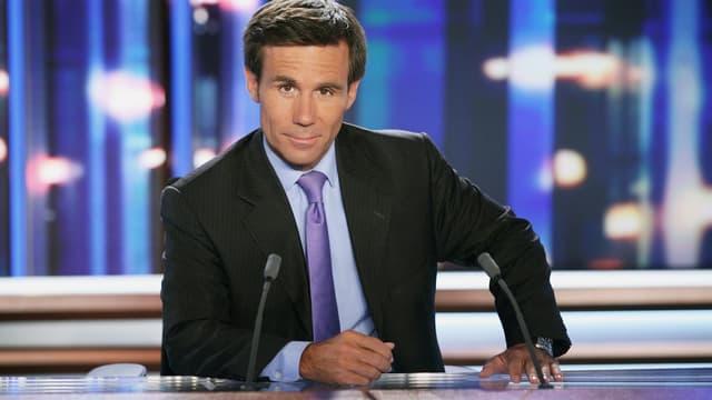 David Pujadas à la présentation du journal de 20 heures sur France 2.
