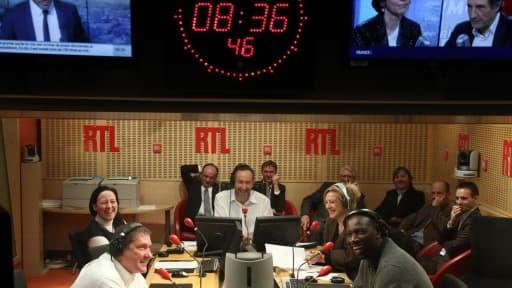 RTL, qui était au coude à coude avec NRJ il y a un an, accuse maintenant 1,6 point d'écart