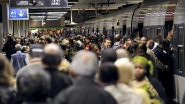 Le mouvement social à la RATP coïncide avec la journée syndicale de solidarité aux ex-salariés de Goodyear à Amiens mais il serait lié à des revendications plus prosaïques.