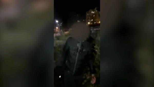 Image extraite de la vidéo montrant l'agression d'un adolescent le 10 janvier, 5 jours avant l'agression de Yuriy.