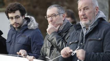 Éric Mouzin, le père d'Estelle Mouzin (au centre de l'image), en janvier 2018 à Guermantes.