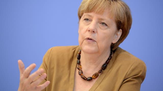 Angela Merkel compte préserver l'industrie automobile